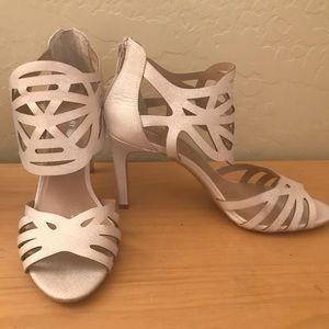 Audrey Brooke Heels Womens Size 10